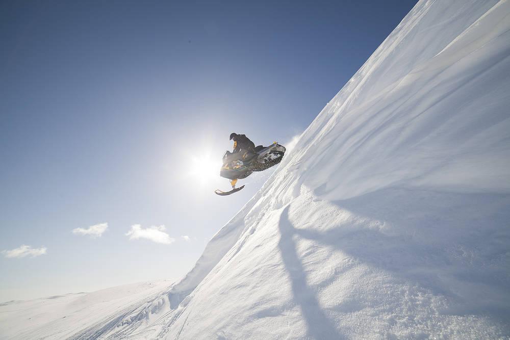 snowmobile2